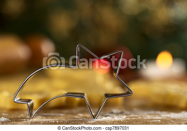 Shooting star shaped cookie cutter - csp7897031