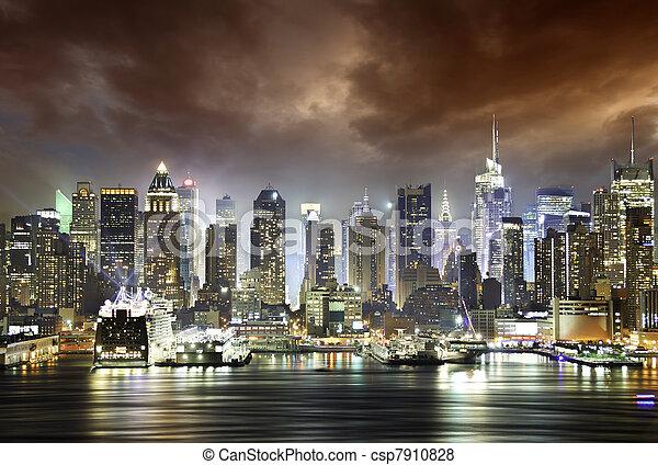 cidade, Nuvens,  York, noturna, Novo - csp7910828