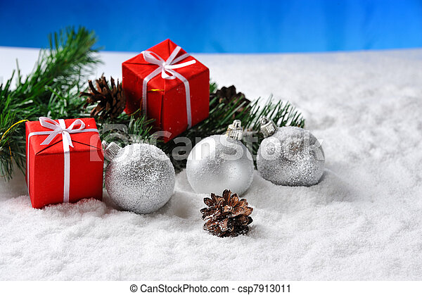 red christmas balls on snow - csp7913011