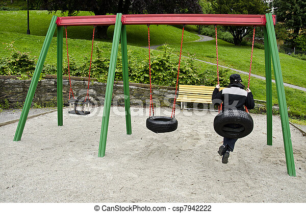 Swing made by tires - csp7942222