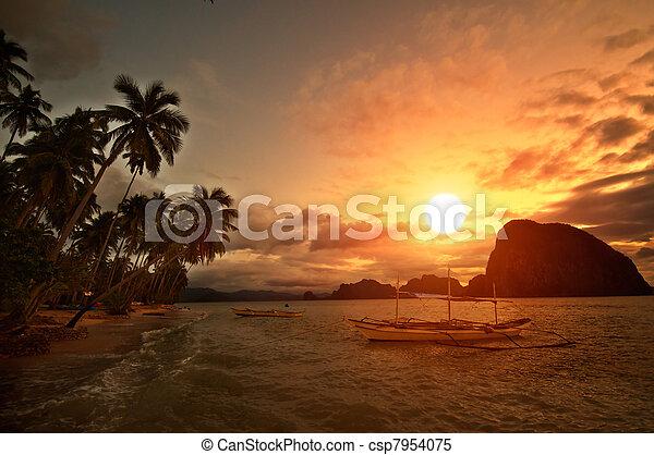 Vivid Getaway Sunset - csp7954075