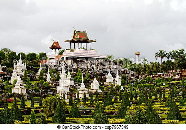 Nongnooch Tropical Botanical Garden, Pattaya - csp7967349