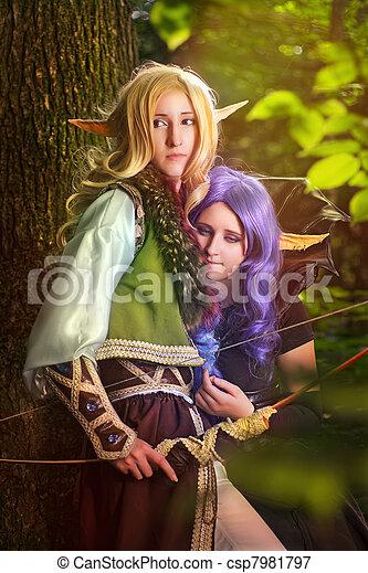 bosque, duendes - csp7981797
