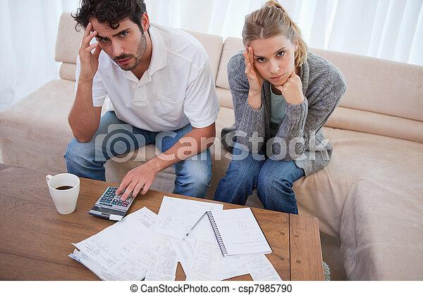 seu, par, preocupado, contabilidade - csp7985790