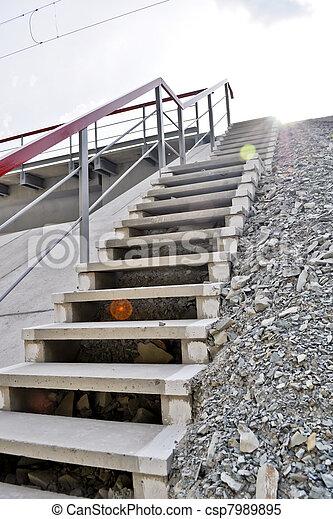 Stock im genes de concreto escalera metal pasamano for Escaleras de metal y concreto