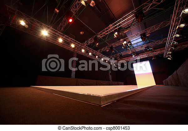 Ceiling design over  podium before  beginning of fashionable display - csp8001453