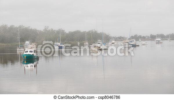Fitzroy River, Rockhampton in fog - csp8046786