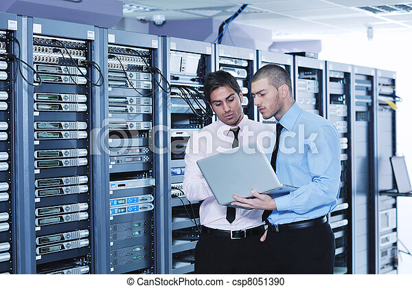 it enineers in network server room - csp8051390