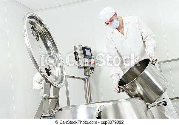 pharmaceutical factory worker - csp8079032