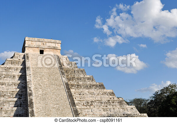 Chichen Itza Mexico Mayan Ruins - csp8091161