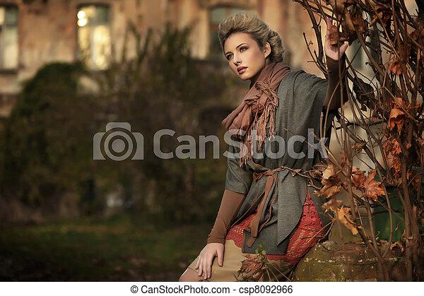 otoño, paisaje, rubio, belleza - csp8092966