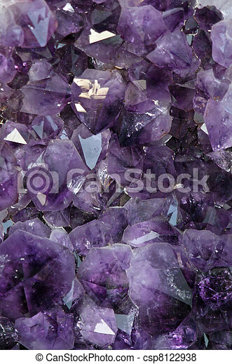 mineral precious purple with very reflective and sparkling gems  - csp8122938