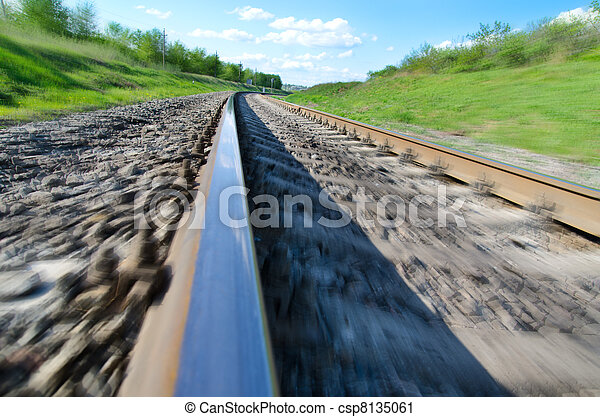 railroad to horizon in motion - csp8135061