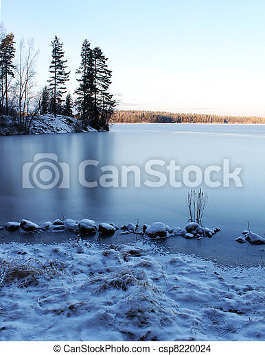 Frozen lake scenery - csp8220024