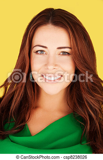 Smiling Woman With Lovely Complexion - csp8238026