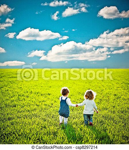 Children going on summer field - csp8297214