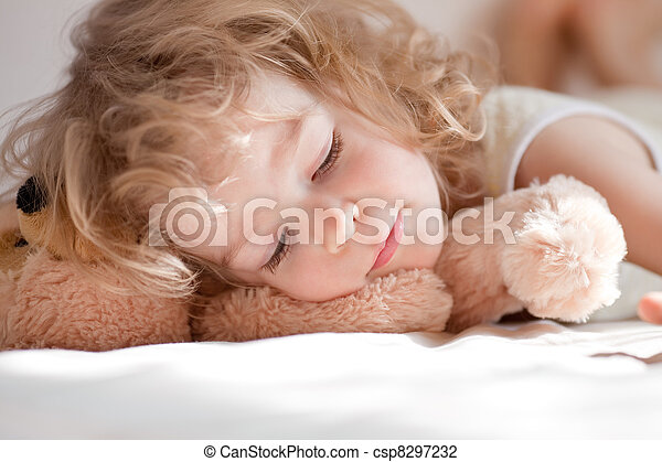 Child sleeping - csp8297232