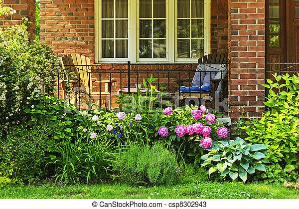 banco de fotos de frente casa jardim frente de lar. Black Bedroom Furniture Sets. Home Design Ideas