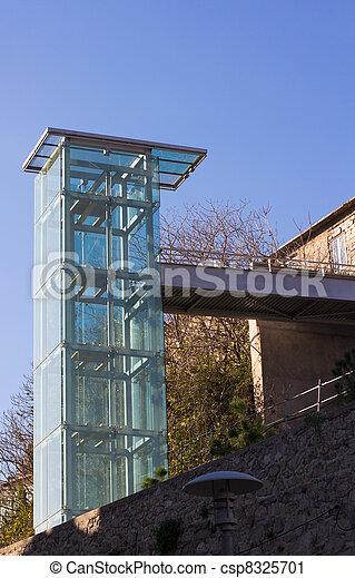 photo a moderne ext rieur verre ascenseur image. Black Bedroom Furniture Sets. Home Design Ideas