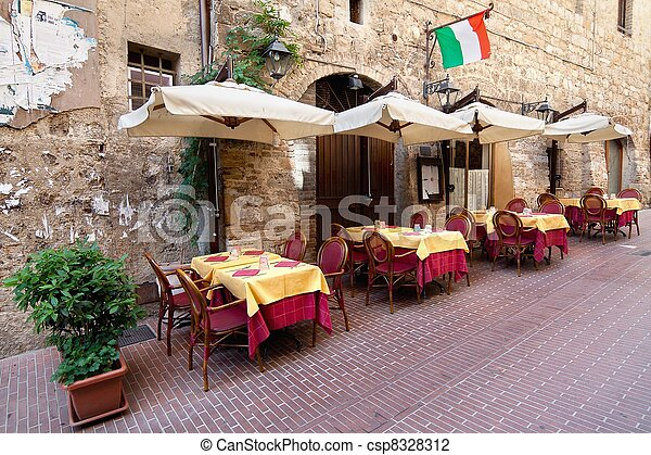Picturesque nook of Tuscany - csp8328312