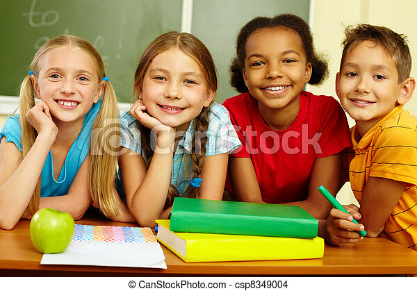 Group of pupils - csp8349004