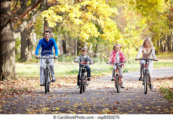 Family on bikes - csp8350275