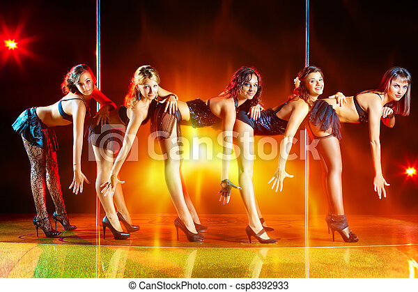 Five women show - csp8392933