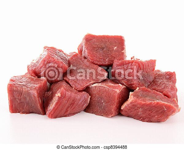 raw fresh beef cubes - csp8394488