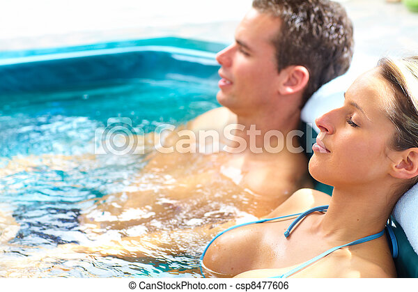 Couple in jacuzzi. - csp8477606