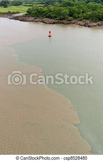 Mud disturbed by ships transiting Culebra Cut - csp8528480