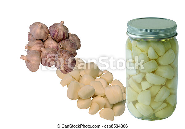 From Raw Garlic To Olive Oil Preserved - csp8534306