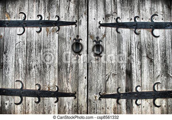 old wooden gates - csp8561332