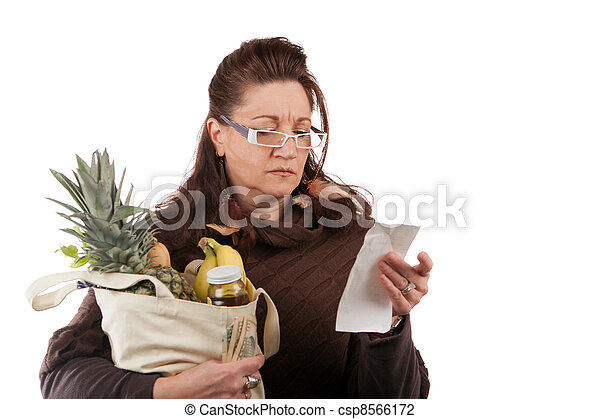 Grocery Shopper Counting Costs - csp8566172
