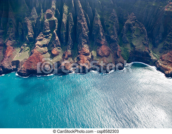 Na Pali coast of Kauai - csp8582303
