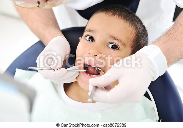 Dentist's teeth checkup, series of related photos - csp8672389