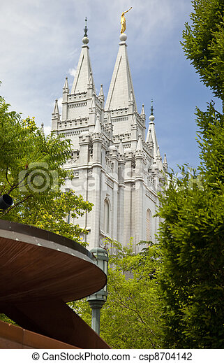 Famous Mormon Temple in Salt Lake C - csp8704142