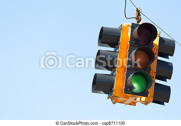 Green light traffic signal with copy space - csp8711100