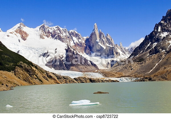 top of Fitz Roy and glacial lake - csp8723722