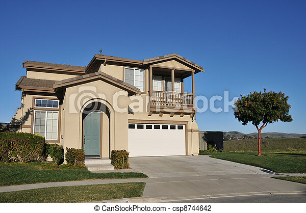 Two story single family house with driveway - csp8744642