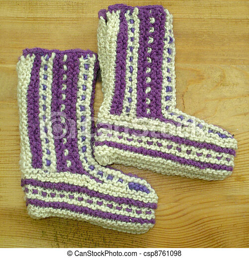 Hand knitted baby booties - csp8761098