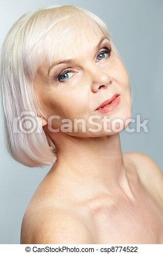 Photo de personnes âgées nues
