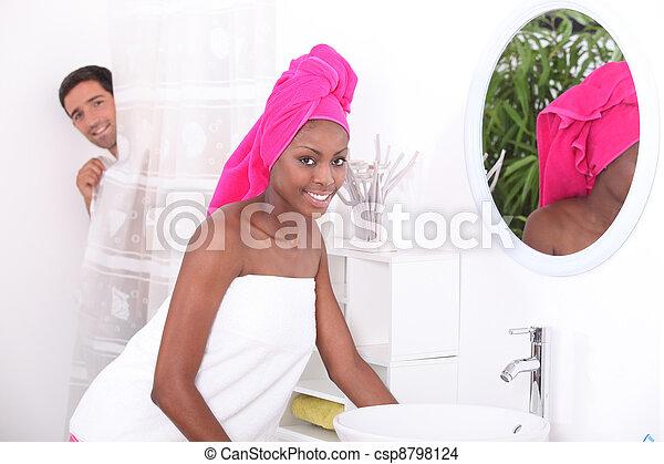 肖像画, 浴室, 女, 若い - csp8798124