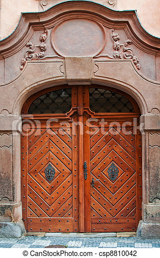 Massive wooden door - csp8810042