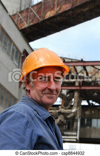 Elderly worker - csp8844932