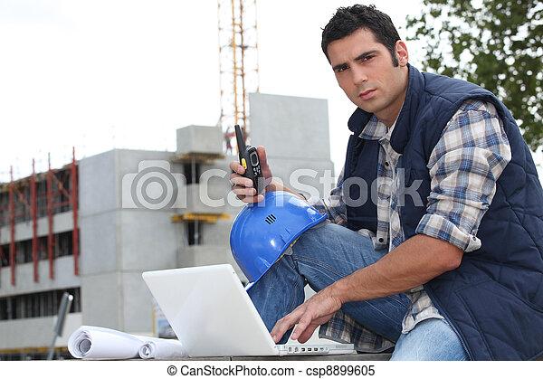 Portrait of a construction foreman - csp8899605