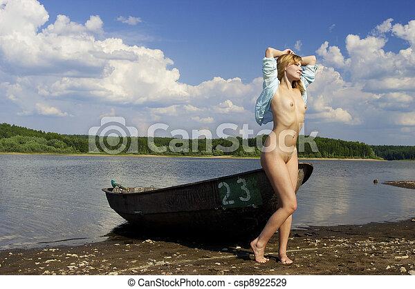 Naked pretty girl - csp8922529