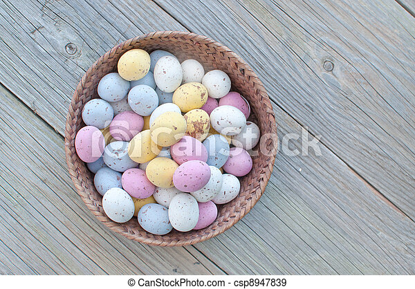 Easter eggs - csp8947839