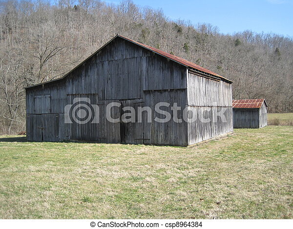 Old barn in KY - csp8964384