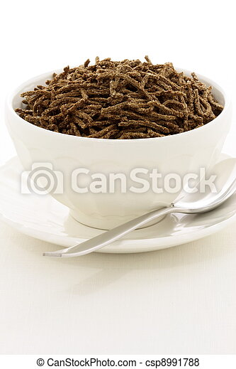 wheat bran cereal breakfast - csp8991788