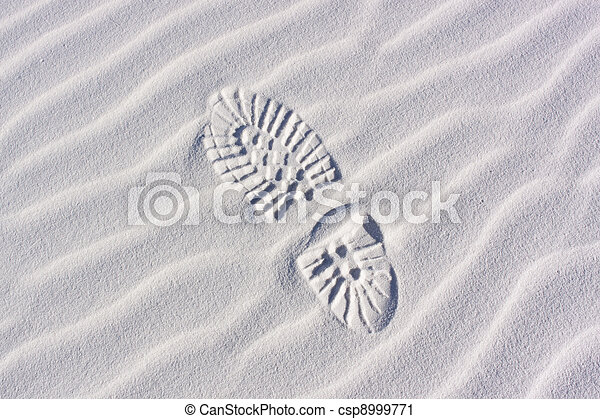 Sand Dunes, ripples and footprint - csp8999771